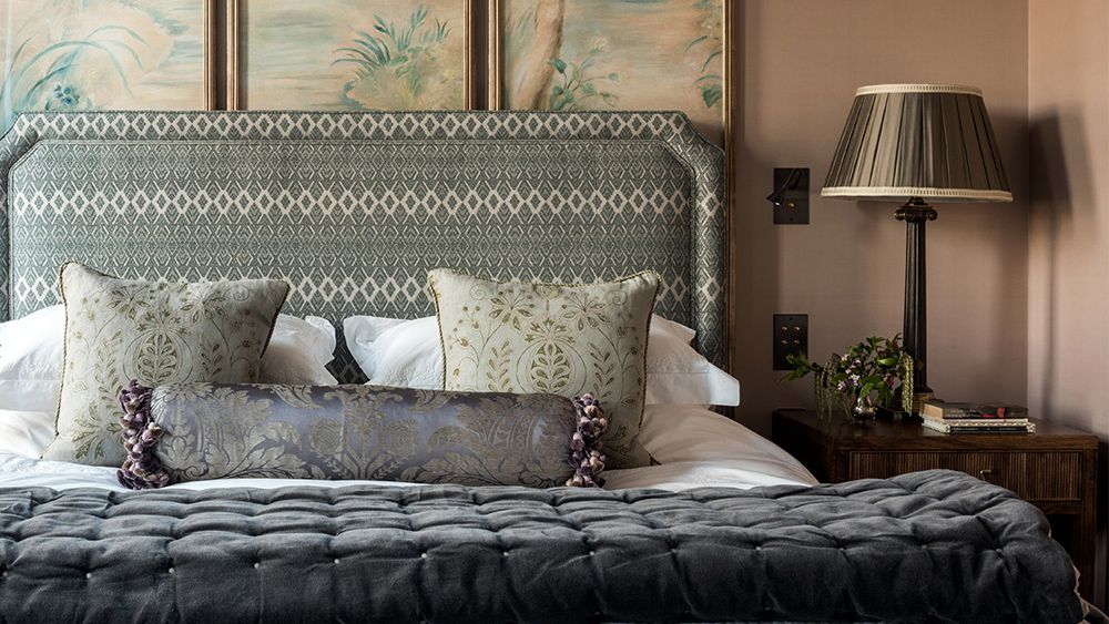 K&H Design London (Headboard)